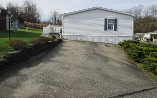 4 Colonial Drive - Photo 4