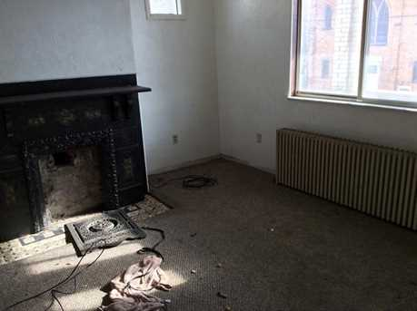 750 Chartiers - Photo 3