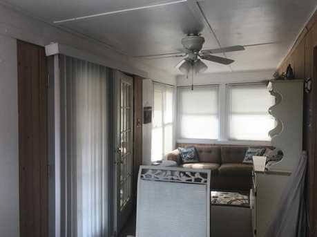 2586 Lakeview Rd - Photo 5