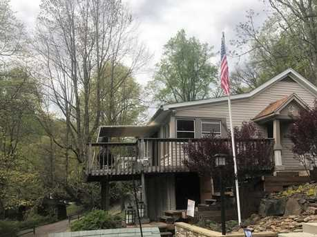 2586 Lakeview Rd - Photo 3