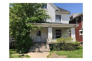 386 Cedar Ave - Photo 1