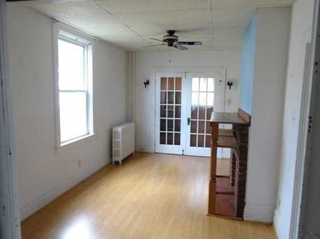 1270 Needham St - Photo 3