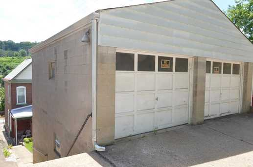 756 Middle - Photo 17