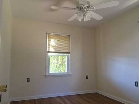 931 Temple Ave - Photo 7