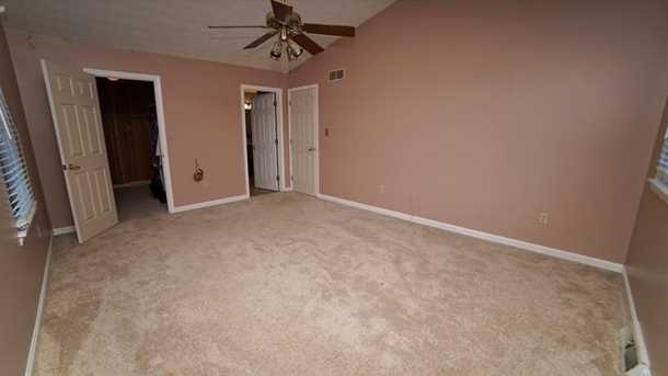 1001 Whispering Woods Dr - Photo 13