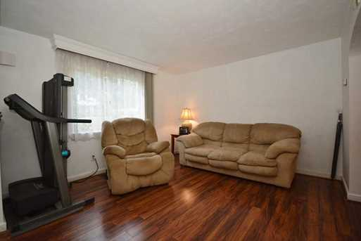 719 Parkway Ave - Photo 15