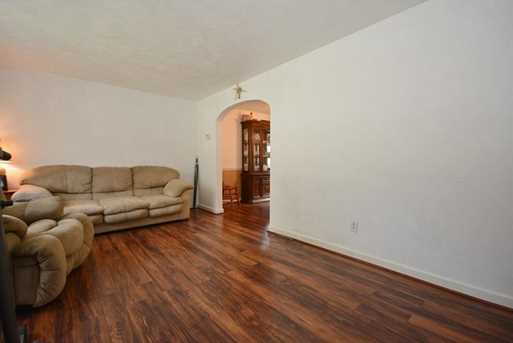 719 Parkway Ave - Photo 17