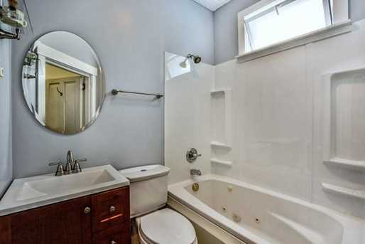 822 N Sheridan Avenue - Photo 17