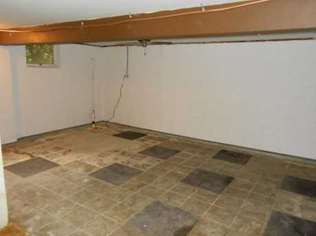 670 Moore Rd - Photo 15