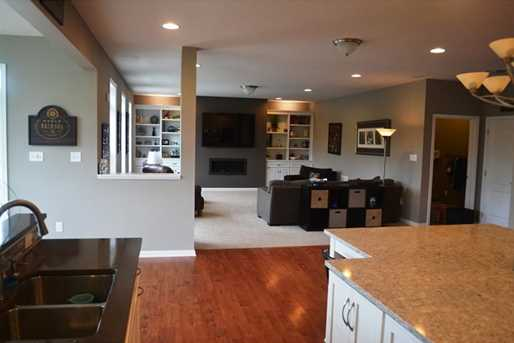 407 Valley View Ct - Photo 9