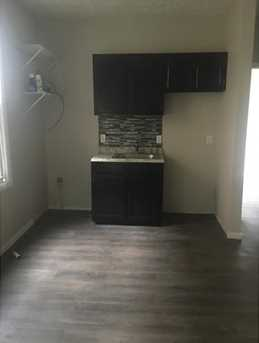 3408 Parkview Ave - Photo 3