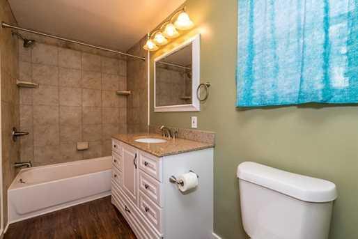 248 Greenwood Ave - Photo 13