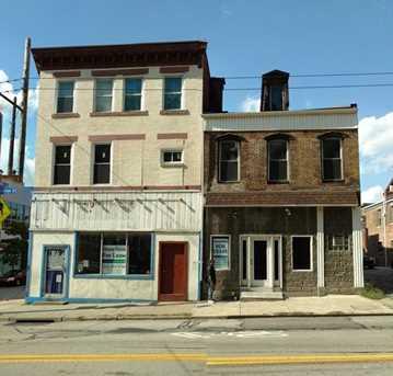 901 East Carson - Photo 1