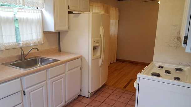 257 Ashford Ave - Photo 5