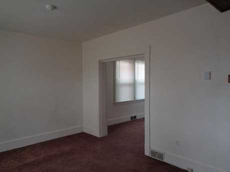 1814 Lenz Ave - Photo 3