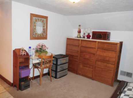1364 Davis Ave - Photo 13