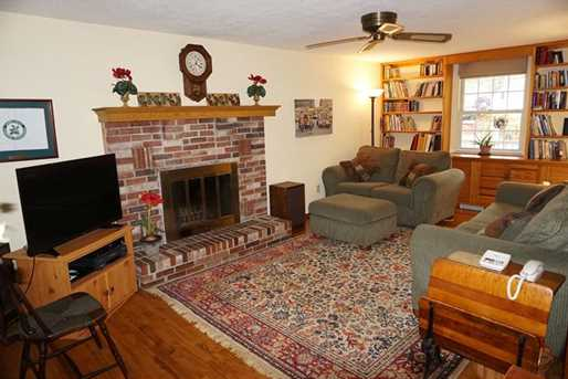 2938 Greenfield Road - Photo 3