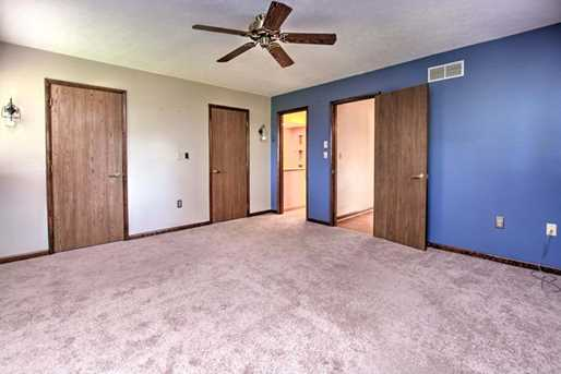 601 Forest Edge Ct - Photo 15
