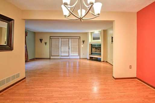 601 Forest Edge Ct - Photo 3
