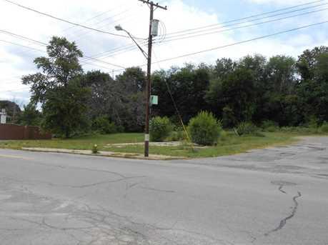 819 N Croton Avenue - Photo 1