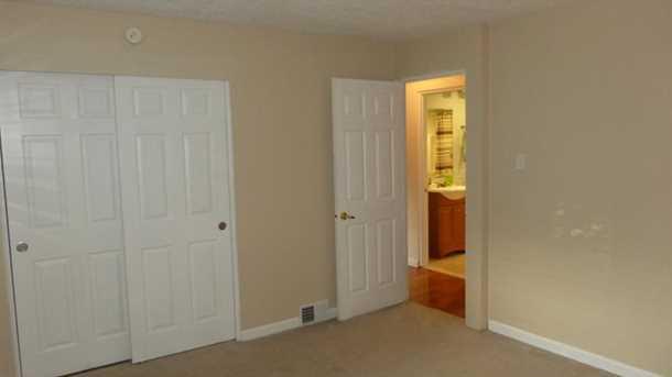 2665 Lindenwood Drive - Photo 13