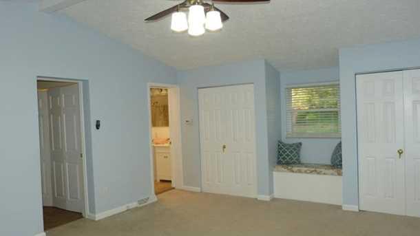 2665 Lindenwood Drive - Photo 11