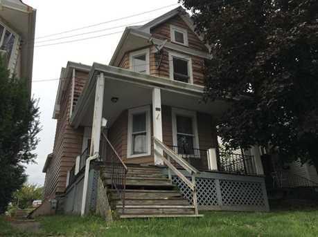 124 Hall Ave - Photo 2