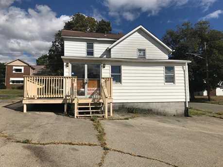 1000 Wilmington Ave - Photo 1