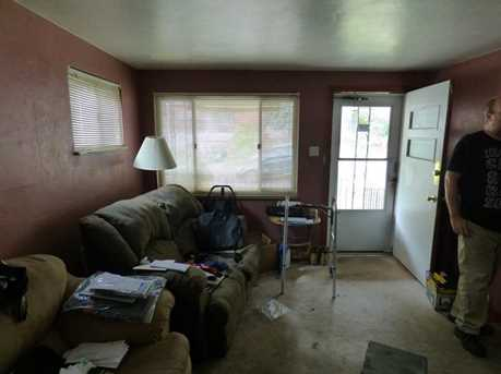 1845 Kiralfy Ave - Photo 3