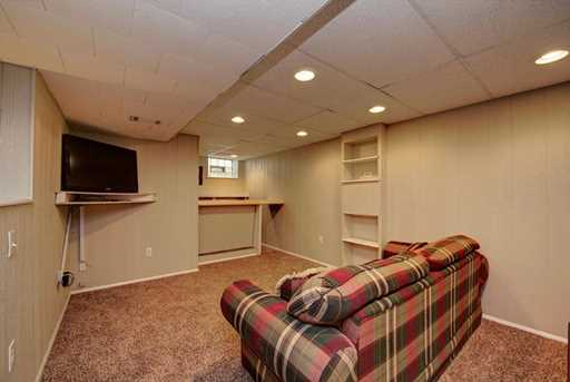 4526 Woodhill Dr - Photo 13