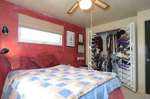 810 6th Ave - Photo 11