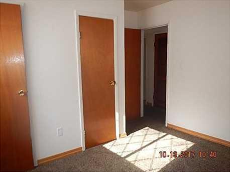 1654 Mercer Ave - Photo 11