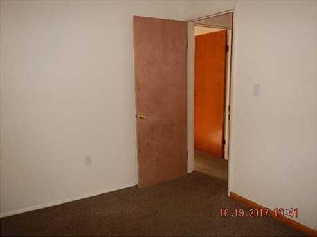 1654 Mercer Ave - Photo 13
