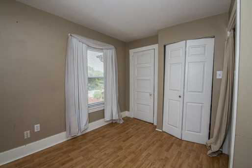 2124 Middle Rd - Photo 17