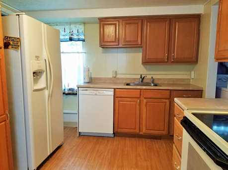 319 Torrence Ave - Photo 3
