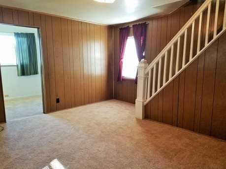 319 Torrence Ave - Photo 5