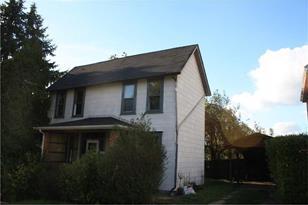 405 Lexington St - Photo 1