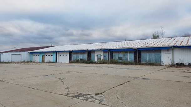 3200 Industrial Dr - Photo 1