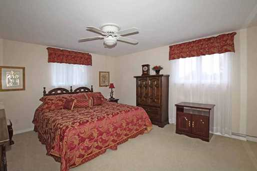 925 Golfview - Photo 23