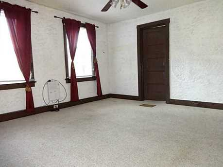 2128 Pittview Ave - Photo 9
