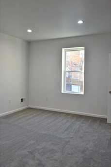 805 Heths Avenue - Photo 17