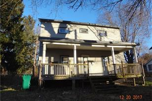 320 N Oakland Ave - Photo 1