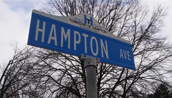 2430 Hampton Ave - Photo 1