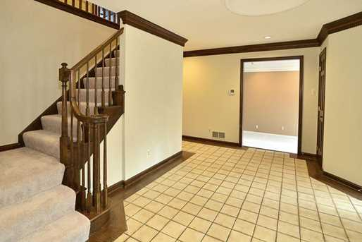 205 Hemlock Dr - Photo 3