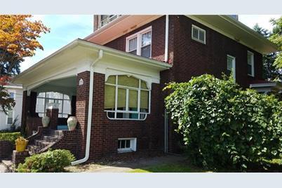 607 West Newton Street - Photo 1