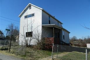 931 2nd Street - Photo 1