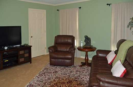 1481 Hollow Tree Dr - Photo 15