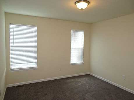 1163 Bayberry Dr - Photo 17