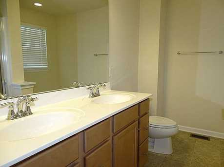 1163 Bayberry Dr - Photo 15