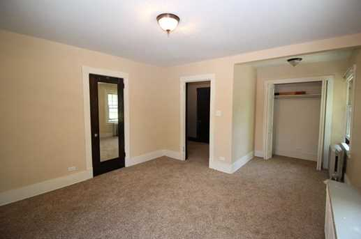 391 Washington Ave #2 - Photo 9